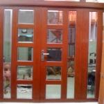 Mẫu cửa nhôm vân gỗ